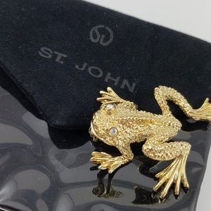 NWOT! St. John Frog Pin / Brooch with Pouch